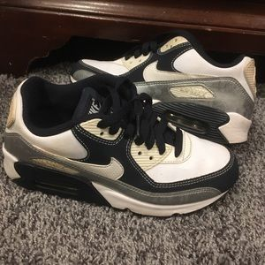 Air Max 90 CL size 9.5